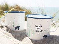 Geschenkidee für Reiselustige und Abenteurer: Becher aus Emaille mit Illustration / travel the world with the illustrated cup made by Junographics via DaWanda.com