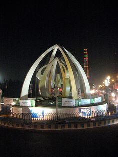 Allah Wali Chowrangi, Karachi. (By www.flickr.com/photos/93784678@N00/)