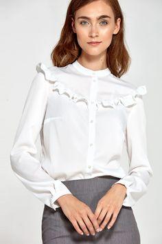 Shirt model 102315 Nife – Blushgreece.shop Fashion Week 2018, Lakme Fashion Week, Spring Fashion Trends, Business Dress Code, Business Dresses, Fashion For Women Over 40, Black Women Fashion, Kanye West Style, Winter Fashion Casual