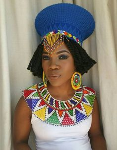 Zulu basket hat (isicholo) with beadwork. Traditional hat worn at special occasions such as weddings African Necklace, African Jewelry, African Accessories, Hair Accessories, African Inspired Fashion, African Fashion, African Style, Ankara Fashion, African Beauty