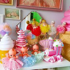 #superkawaii #kawaii #kitschy #shelfie #cute #smile #pretty #candyland #follow #lol #fun #sunday #sundayfunday #rainbow #icecream #candy #instacute #instagood #sorrynotsorry #love