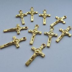 10 Gold Plated Cross Charms. €1.50, via Etsy.