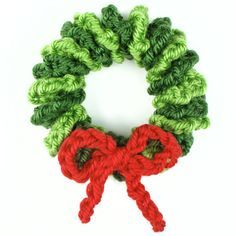 mini wreath ornament crochet pattern by planetjune ~ free pattern ᛡ
