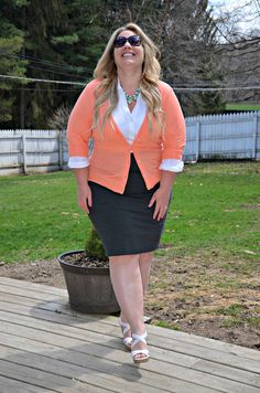 Full Figured & Fashionable White Blouse Full Figured & Fashionable Full Figured & Fashionable Plus size fashion for women Plus Size Fashion Blogger Full Figured & Fashionable Plus Size OOTD Plus Size Fashion