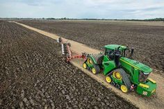 Ashik Vai: The tractor that is showing here is the cultivation of its [ ] Tractor Plow, Crawler Tractor, Tractor Farming, Big Tractors, John Deere Tractors, John Deere Equipment, Heavy Equipment, Tractor Accessories, Train Truck