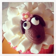 Love Homemade - Baa Baa Betty the Easter Cupcake