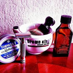 #Repost @staysmoothshaving #SOTD Great Sunday Shave nice and warm with Scuttle from @phoenixshaving and the awesome shave gear from @wetshavingproducts and lathered on by the chubby badger brush from @razorock #razorock #shavelikeyourgrandpa #shavelikeaman #scuttle #wsp