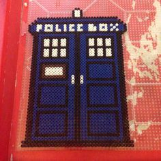 Tardis Doctor Who perler beads by scarletsparkle