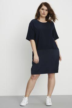 universal standard curvy size dress midnight navy