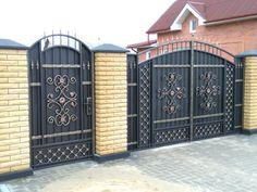 Home Gate Design, Steel Gate Design, Iron Gate Design, Fence Design, Iron Garden Gates, Arch Mirror, Wrought Iron Fences, Gate House, Driveway Gate