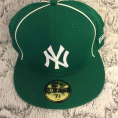 New Era 59Fifty NY Yankees Green Ribbed Fitted Cap Hat White Piping Unique 7 3/4 #NewEra #BallCap