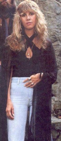stevie nicks style Ideas Style Women Boho Casual For 2019 70s Fashion, Trendy Fashion, Vintage Fashion, Mazzy Star, Stevie Nicks Fleetwood Mac, Stevie Nicks 70s, Stephanie Lynn, Retro, San Fernando
