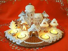 I love this work Cool Gingerbread Houses, Christmas Gingerbread House, Christmas Coffee, Christmas Candle, Gingerbread Cookies, Christmas Cookies, Fancy Cookies, Cut Out Cookies, Royal Icing Cookies