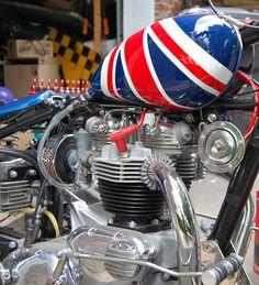 Image of 1967 Triumph TR6R Trophy engine.