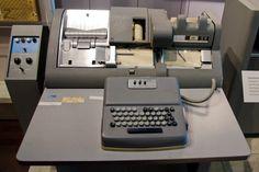 Perforadora de tarjetas IBM 026 (1949)