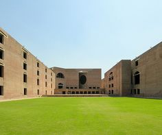 Indian Institute of Management - Ahmedabad - Louis Khan