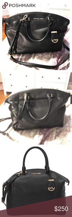 "Michael Kors Leather Large Riley Satchel Handbag *posted for less $ on Merc* Amazing conditions! Gently used only a few times! Beautiful bag😁 Black leather with gold hardware & comes with original dust bag.            16.5""X11""x6"" -- gold hardware -- 100% leather MICHAEL Michael Kors Bags Satchels"