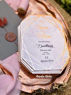 Berre & Tarkan Rose gold, gri ve pembenin naif uyumu ✨ (Detaylar için sola ka… Wedding Card Design, Wedding Cards, Wedding Events, Our Wedding, Dream Wedding, Weddings, Gold Wedding Invitations, Wedding Invitation Wording, Invitation Design