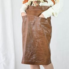 VIN-SKI-04854 Vintage δερμάτινη φούστα Μ Vintage Skirt, Skirts, Skirt, Gowns, Skirt Outfits, Petticoats, Dress
