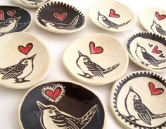 Wren with red heart plates