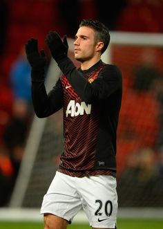 ee2e79b03 Manchester United striker Robin van Persie s continued absence should hand  more opportunities to Danny Welbeck.