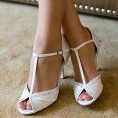 f80bb6bca Tiffany by Westerleigh Ivory or White Vintage T-Bar Wedding or Occassion  Shoes #weddingshoes · Vintage ŠtýlSvadobné TopánkyLodičkyVintage ...
