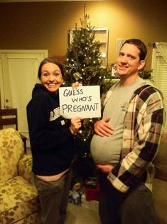 I'm nowhere close to expecting, but this is a super cute & silly pregnancy announcement
