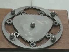 Gif satisfatório do dia - Humordido Mechanical Gears, Mechanical Design, Mechanical Engineering, Civil Engineering, Motor Wankel, Kinetic Art, Oddly Satisfying, 3d Prints, Cool Gadgets