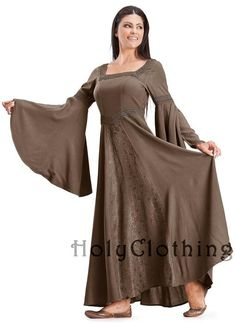 Arwen Square Neck Renaissance Medieval Princess Gown Dress. Would so wear this in another color!!!!