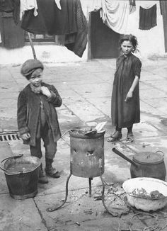 Washing Day, Spitalfields by Horace Warner via Spitalfields Life