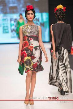 Deepak Perwani: Frida Kahlo Collection, Fashion Pakistan Week 5 , - Frida influence has traveled to Pakistan. Fashion Art, High Fashion, Fashion Outfits, Fashion Design, Pakistan Fashion Week, Mexican Fashion, Ugg, Vogue, Folklore