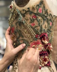 Hand embroidered details from the Marchesa Fall/Winter 2018 collection. - Hand embroidered details from the Marchesa Fall/Winter 2018 collection. Tambour Embroidery, Couture Embroidery, Couture Sewing, Ribbon Embroidery, Marchesa, Fashion Sewing, Fashion Fabric, Net Fashion, Couture Details