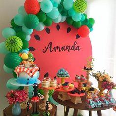 festa melancia decoracao 1 Year Old Birthday Party, Watermelon Birthday Parties, Fruit Birthday, 2nd Birthday Party Themes, 1st Birthday Decorations, Fruit Party, Diy Birthday, First Birthday Parties, First Birthdays