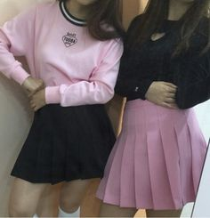 pleated tennis skirts and sweaters outfit Indie Outfits, Grunge Outfits, Grunge Fashion, Cute Fashion, Cute Outfits, Pink Fashion, Aesthetic Grunge Outfit, Aesthetic Fashion, Pink Aesthetic