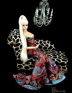 Dolls Tonner, Sofas Couch, Leopards Canapes, Poupee Mode, Avant Guard, Numina Avant, Deva Dolls, Guard Deva, Canapes Sofas