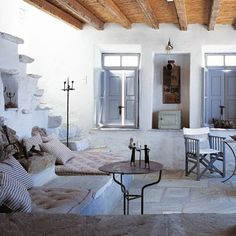 White living room: white living room ideas – Marie Claire House – Deco # by AllisonAmbra White Living Room, Greek House, Inspiring Outdoor Spaces, Home, Home And Living, Living Room White, Island Living, Mediterranean Home, Island House