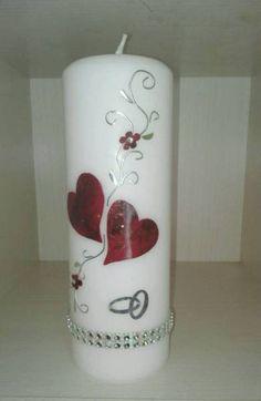 Durchmesser 20x7 cmAuf Wunsch kann der Vornane und/oder Datum auf die Kerze aufgebracht werden.. Die Beschriftung (Name und Datum) ist im Preisinbegriffen.Haben Sie Fragen oder Änderungswünsche ,bitte eine Nachricht.