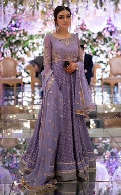 Discover recipes, home ideas, style inspiration and other ideas to try. Desi Wedding Dresses, Pakistani Formal Dresses, Indian Gowns Dresses, Party Wear Dresses, Indian Outfits, Pakistani Fashion Party Wear, Pakistani Wedding Outfits, Pakistani Dress Design, Pakistani Wedding Dresses