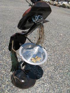 shovel bird gold miner for Marilyn and Howard,sis and Bob Junk Metal Art, Recycled Metal Art, Metal Yard Art, Scrap Metal Art, Junk Art, Welding Crafts, Welding Art, Metal Art Projects, Metal Crafts