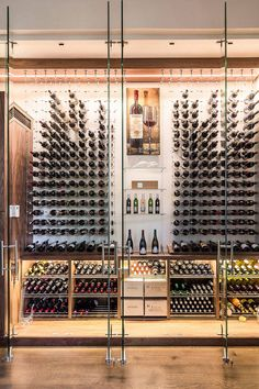Glass Wine Cellar, Home Wine Cellars, Wine Cellar Design, Wine Cellar Modern, Cave A Vin Design, Wine Cellar Basement, Architecture Restaurant, Casas Containers, Wine Display