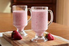 Gojee - Strawberry Smoothie by The Pastry Affair