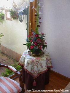 収納丸テーブル&トップクロス&アンダークロス・・・「Chez Mimosa シェ ミモザ」     ~Tassel&Fringe&Soft furnishingのある暮らし~     フランスやイタリアのタッセル・フリンジ・ファブリック・小家具などのソフトファニッシングで、暮らしを彩りましょう     http://passamaneriavermeer.blog80.fc2.com/