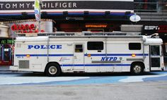 Snow Vehicles, Police Vehicles, Emergency Vehicles, Military Vehicles, Old Police Cars, Police Truck, Police Gear, New York Police, Construction Machines