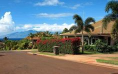 Single story, tastefully designed, 3 Bedroom, 3.5 Bath located on the popular Kaanapali Hillside. Features 2,600 s.f. of living space, a saline pool and spa, Listor is part owner.