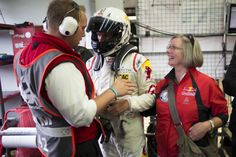 Proud mother @Nuerburgring. / Stolze Mutter am #Nuerburgring. #N24h #felix24hours #thankyoumum #welcomechallenges