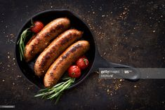 Stock Photo : Sausages in a skillet Grilled Roast, Grilled Sausage, Italian Sausage Soup, Sausage And Peppers, Fennel Seeds, Italian Cooking, Sausages, Caramelized Onions, Skillet