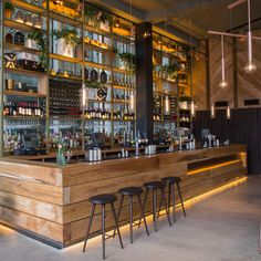 Image 10 of 34 from gallery of 2016 Restaurant & Bar Design Awards Announced. The Refinery (Regent Place, London, UK) / Fusion DNA. Image Courtesy of The Restaurant & Bar Design Awards Pub Design, Back Bar Design, Coffee Shop Interior Design, Restaurant Interior Design, Industrial Restaurant Design, Industrial Bars, Modern Industrial, Design Kitchen, Design Design