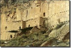 Puye Cliff Dwellings within the boundaries of the Santa Clara Indian Reservation, New Mexico. Photo: Einar Kvaran. Carved into the volcanic tufa of the Jemez Mountains during the 12th century, occupied until 1577.