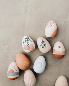 Holidays and events 408631366195459416 Rock Crafts, Diy Crafts To Sell, Crafts For Kids, Arts And Crafts, Easter Art, Easter Crafts, Easter Eggs, Easter Bunny, Easter Drawings