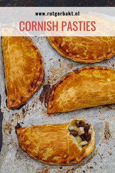 Deze Cornish pasties zijn afkomstig uit het Britse bakboek. Met dit recept bak je deze Engelse pasteitjes heel makkelijk zelf. #Bakken #RutgerBakt #CornishPasties